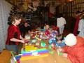 Pani Jolanta Baś pokazywała jak samodzielnie zrobić ozdoby świąteczne